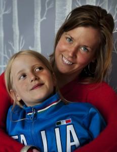 Fadder ljusare, Lovisa Oscarson med sitt fadderbarn Karolina Foto Christian Lönngren